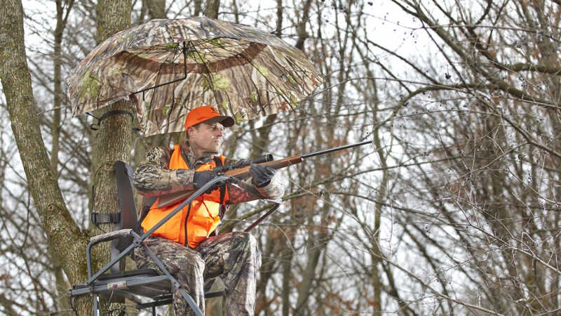 Hunting from a Tree Stand with Umbrella